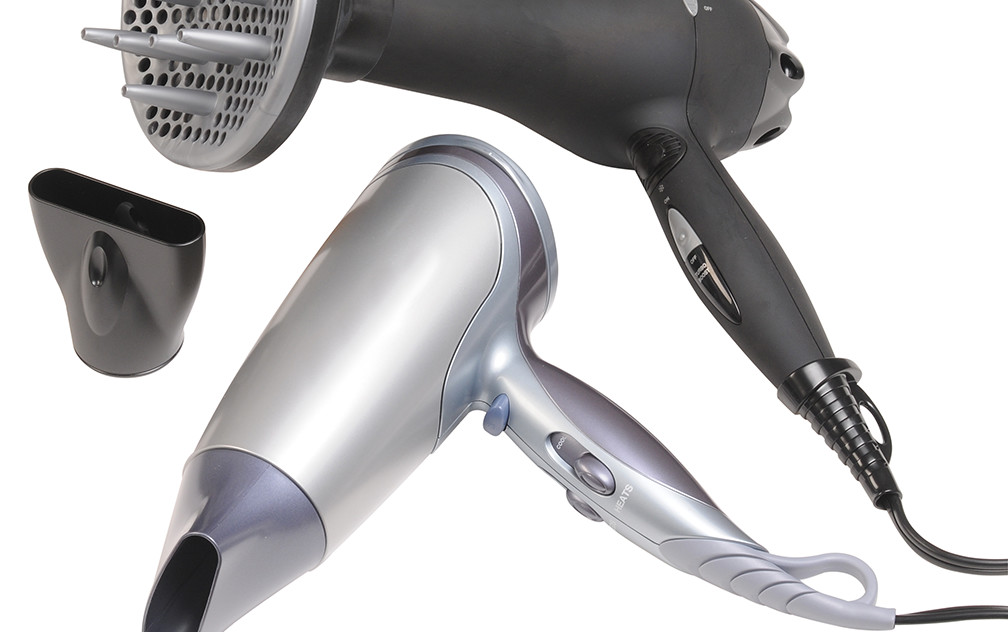 How to Select the Best Blow Dryer for You